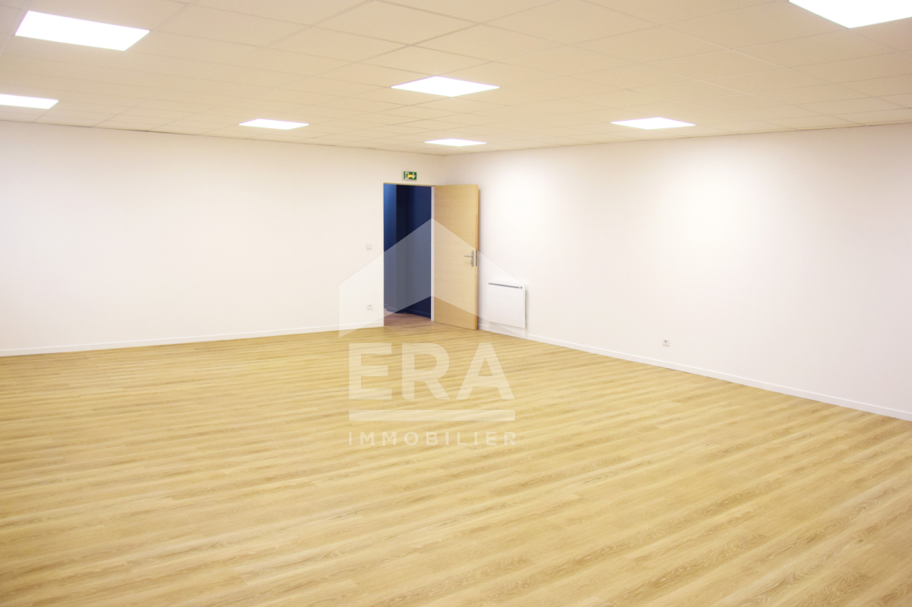 Local commercial Servon 70 m2